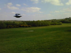 09hoax-hovering-ufo